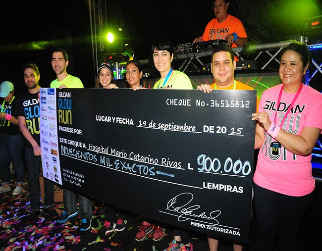 "Honduras: ""Glow Run 2015"" supera la meta"