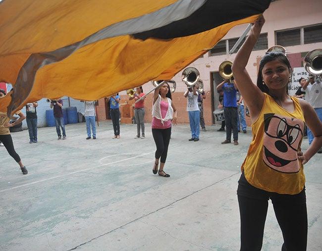 Mañana es desfile de los colegios: Todo listo para la gran fiesta