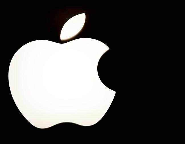 Roban datos de 225,000 cuentas de Apple