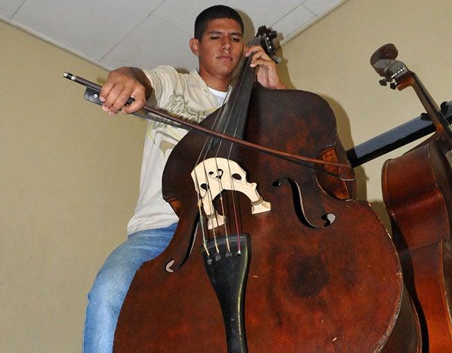 Perfeccionará sus estudios musicales en Alemania