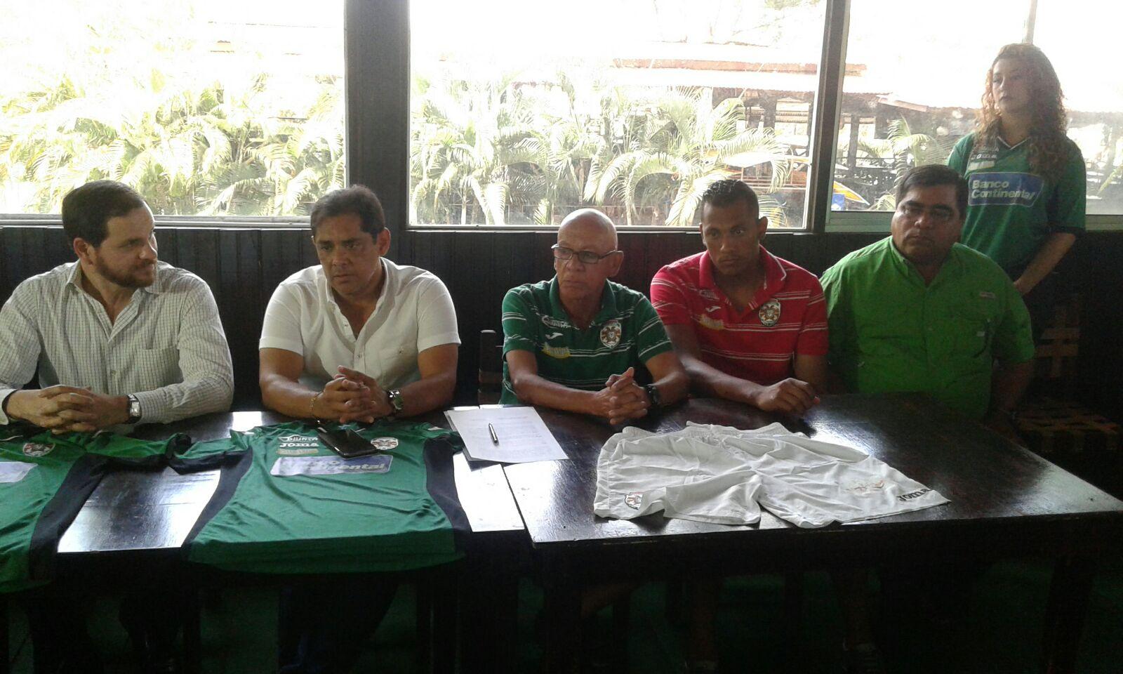 Marathón firma acuerdo con empresa de transporte