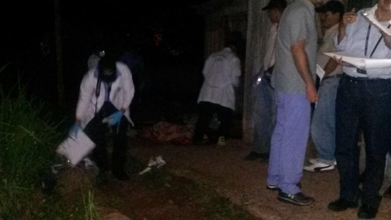 A puñaladas ultiman a pareja al oriente de Tegucigalpa; hay un herido