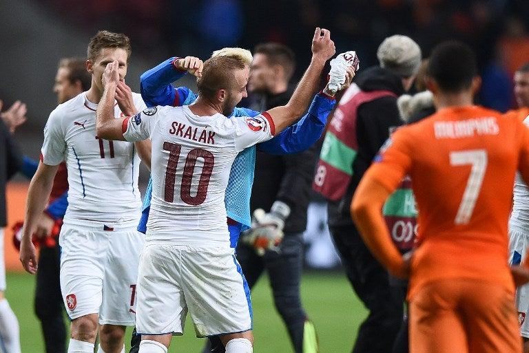 Holanda, tercera en Brasil-2014, fuera de la Euro por primera vez desde 1984