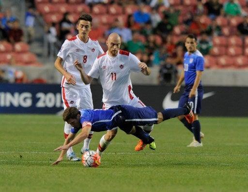 Estados Unidos vence a Canadá 2-0 y asegura repesca del Preolímpico