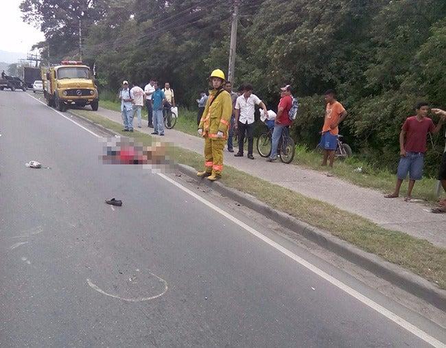 Hombre muere tras ser atropellado en Villanueva, Cortés
