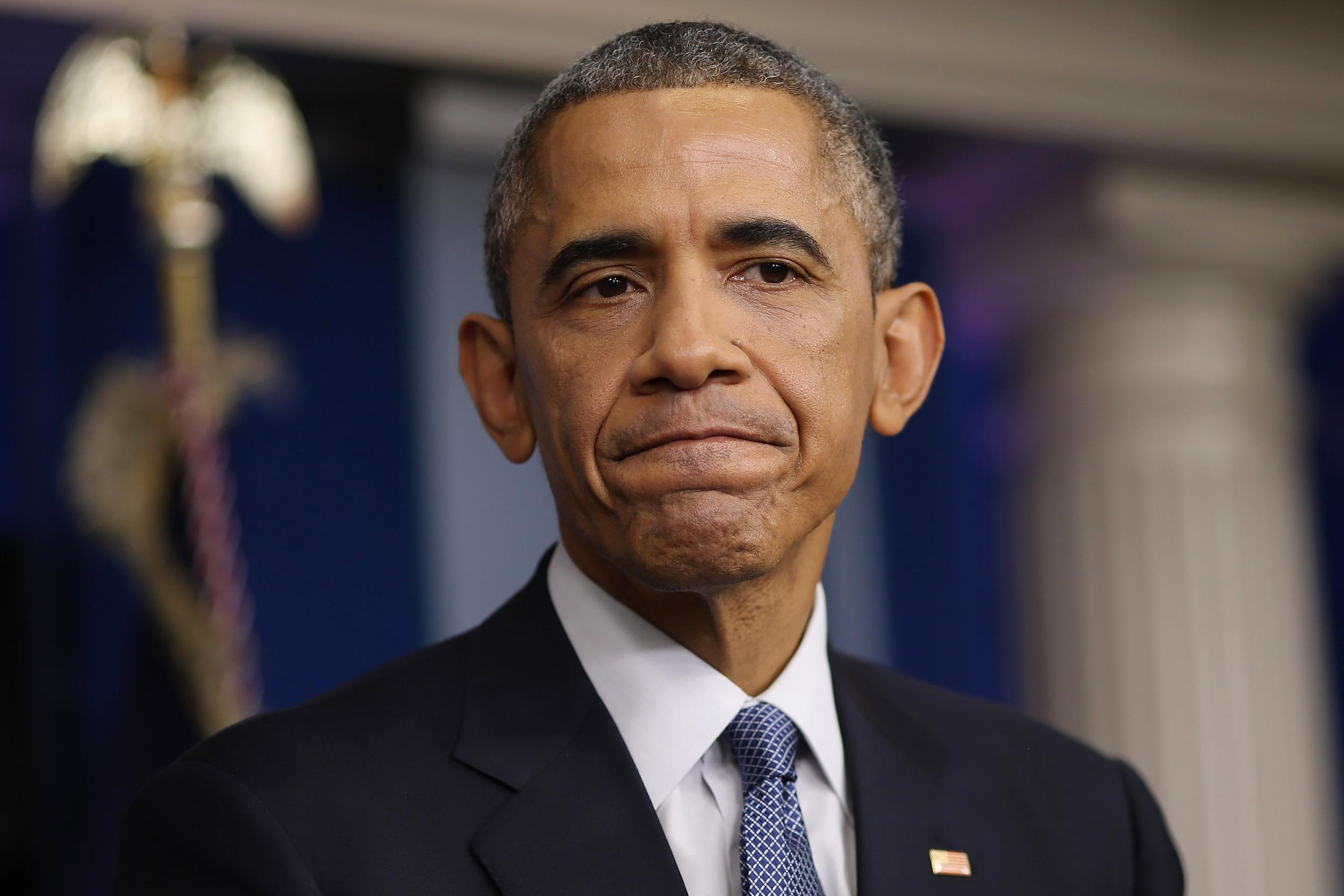 """Obama lamenta que matanzas se hayan vuelto """"rutina"""" en EEUU"""