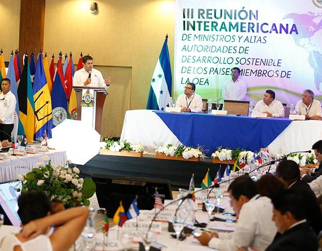 En Tela: Inicia cumbre sobre el ambiente