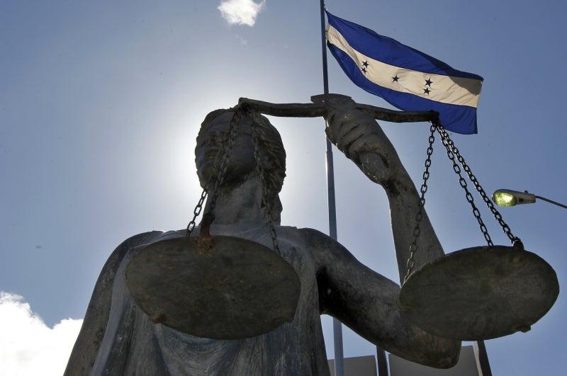 Misión Internacional de la CIJ inicia visita a Honduras