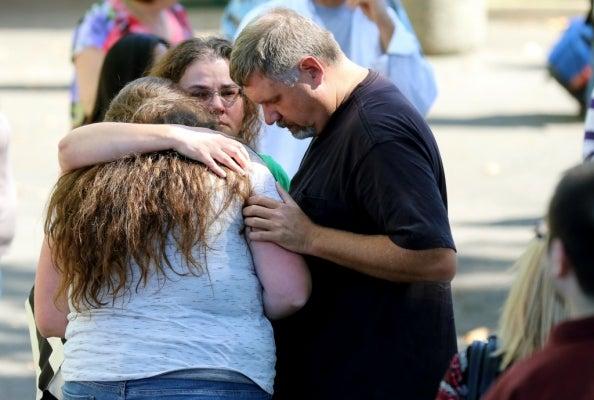 """""""Mañana no vayan a clase"""": El perturbador mensaje que adelantó la masacre de Oregon"""
