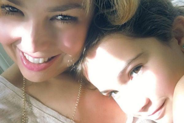 Thalía comparte tierna foto con su hija Sabrina