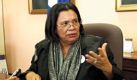 Julieta Castellanos cuestiona pago a policías reprobados de las pruebas de confianza