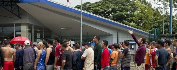 Costa Rica inicia trámite de deportación a 56 cubanos
