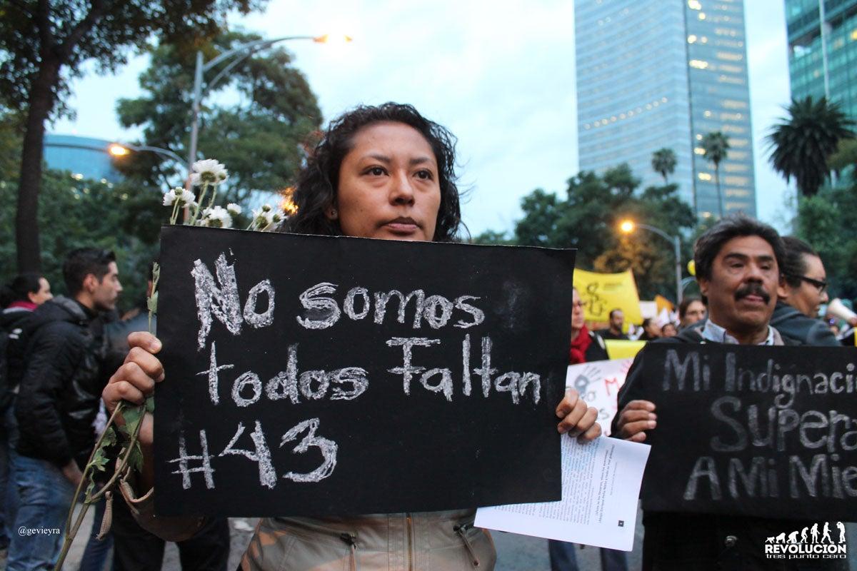 Caso Ayotzinapa: Expertos ponen en duda versión oficial de la PGR en México