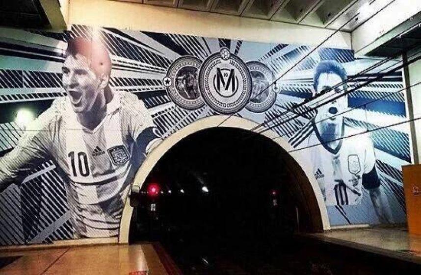 Argentina le realiza estación de tren a Lionel Messi