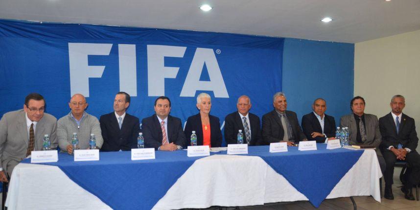 Periodistas de Guatemala recibieron dinero de la Federación de Fútbol