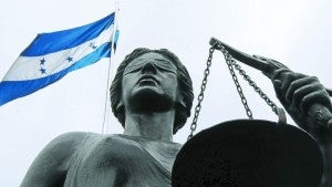 La MACCIH pide la baja de un magistrado, supuestamente por corrupción.