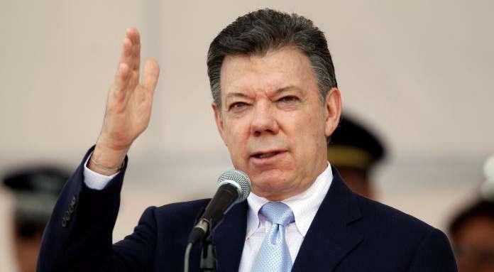 Presidente Santos: más de 3.100 embarazadas están infectadas con zika