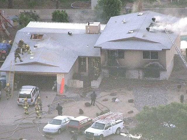 Tiroteo con incendio deja cinco muertos en Phoenix
