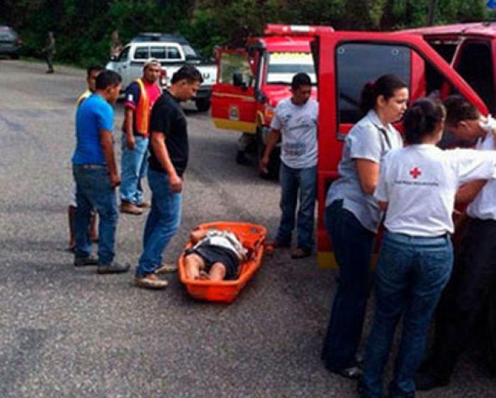 Una persona muerta y tres heridos en accidente vial en La Barca, Santa Cruz Yojoa