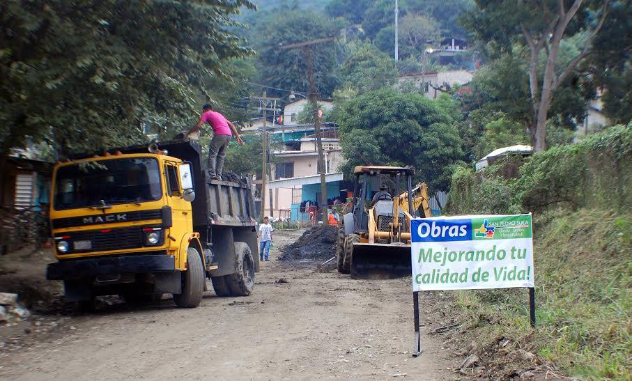 Unos 250 empleados municipales en operativos de limpieza y fumigación en varios sectores de la cíudad.