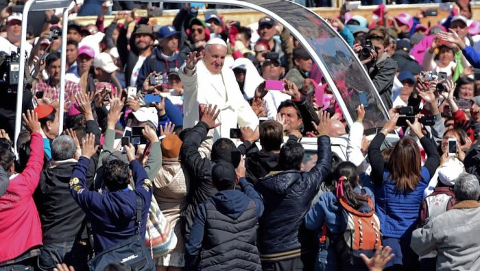 México da la bienvenida al Papa con honores en el Palacio Nacional