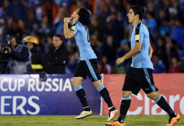 Uruguay derrota a Perú y se adueña del primer puesto rumbo a Rusia 2018
