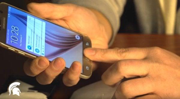 Hallan sencilla forma de desbloquear modernos teléfonos inteligentes