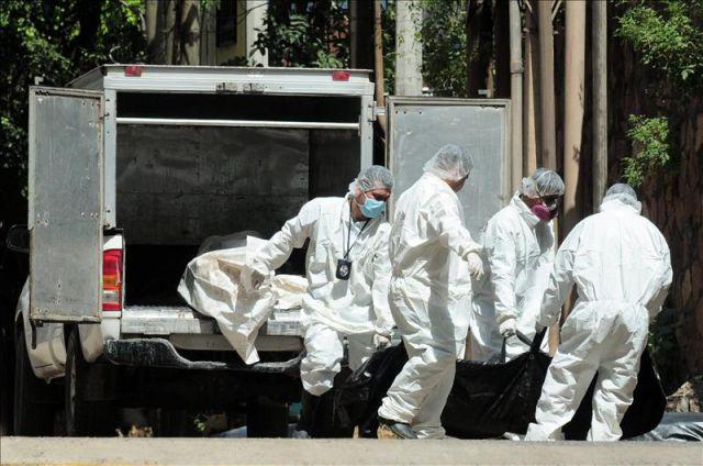 Abarrotada morgue capitalina, reclamando cuerpos de sus parientes