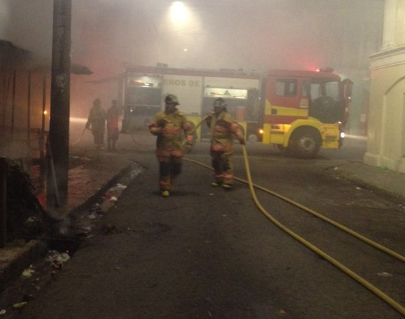 Dos negocios se incendiaron esta madrugada en Comayagüela