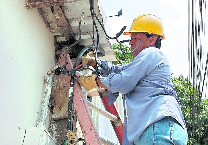 Colonias sampedranas y de La Lima no tendrán energía eléctrica este día