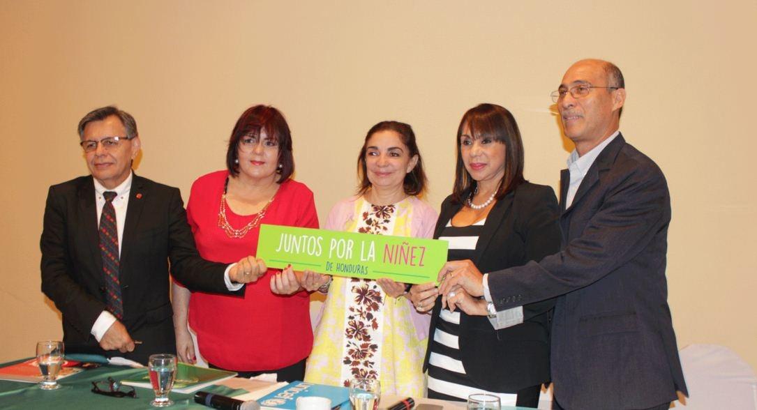 Firman acuerdo para proteger derechos de la niñez en Honduras
