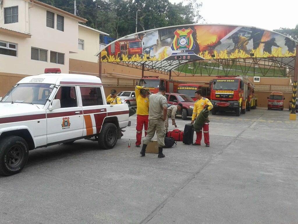 Honduras mandará víveres y apoyo humano a Ecuador tras terremoto