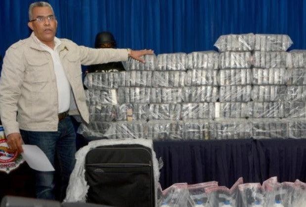 Acusan al jefe de Interpol de dirigir tráfico de droga a República Dominicana