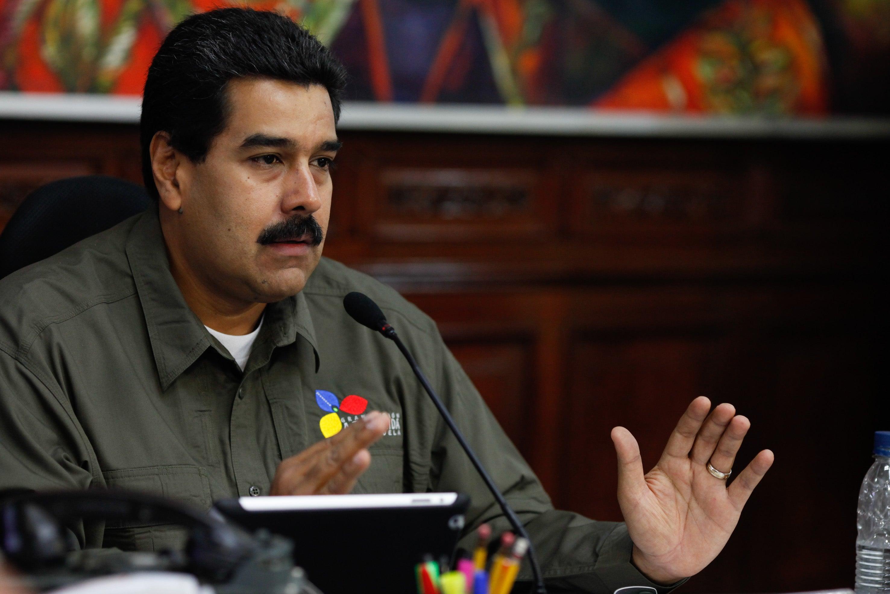 """Maduro reta a Rajoy: """"Donde quieras, cuando quieras y como quieras"""""""