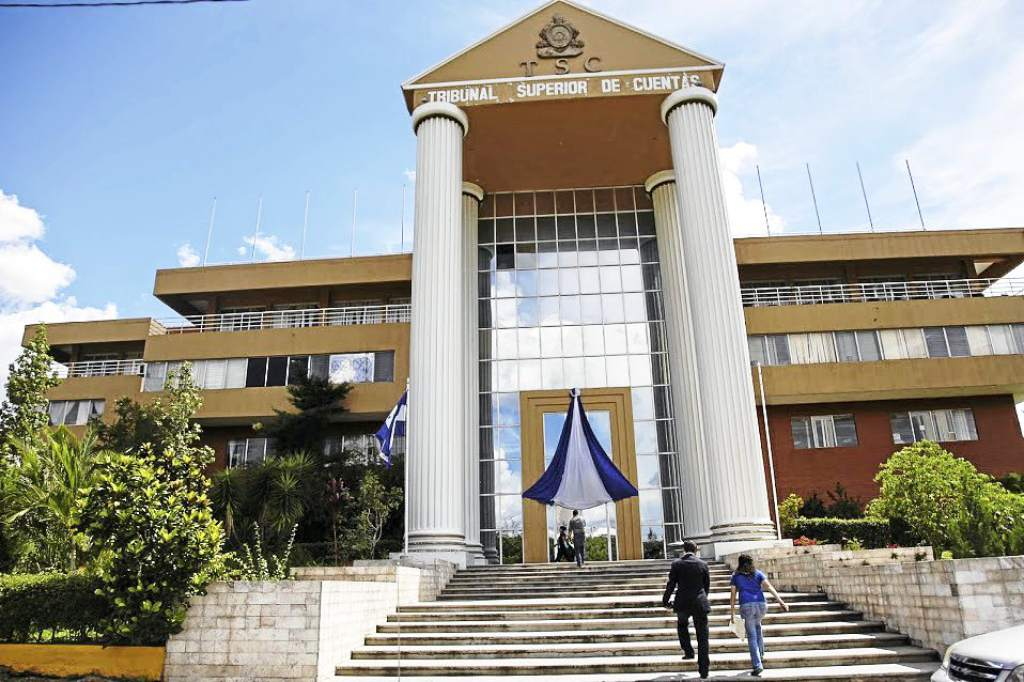 TSC: Seguridad se adelantó a solicitar expedientes de oficiales de Policía