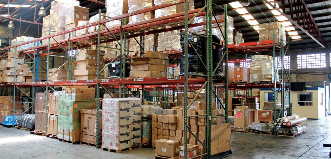 Multas absurdas por infracciones leves, absorbe a importadores y tramitadores