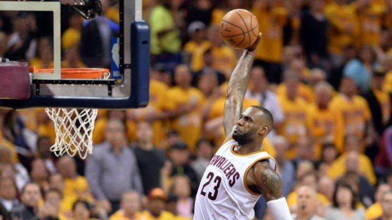 Cleveland aplasta al Toronto en la primera final de Conferencia Este