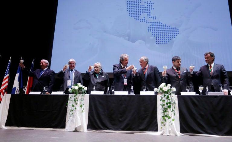 Chile: Rinden homenaje a hondureño por promover el sector de la leche