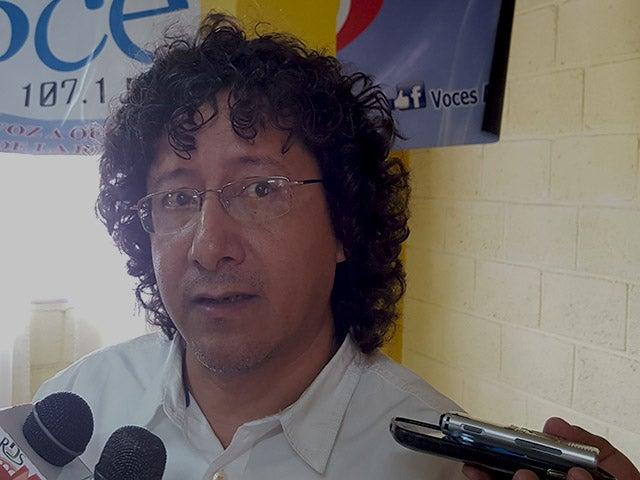 Periodista Félix Molina podría salir del país tras sufrir atentado