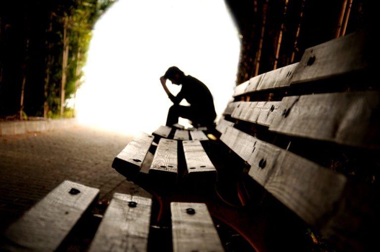 El país con más suicidios del mundo está en Sudamérica