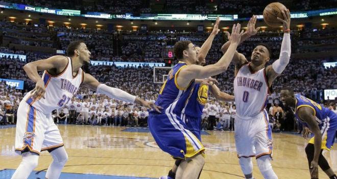 Los Golden State Warriors caen ante Oklahoma City y están a un paso de ser eliminados