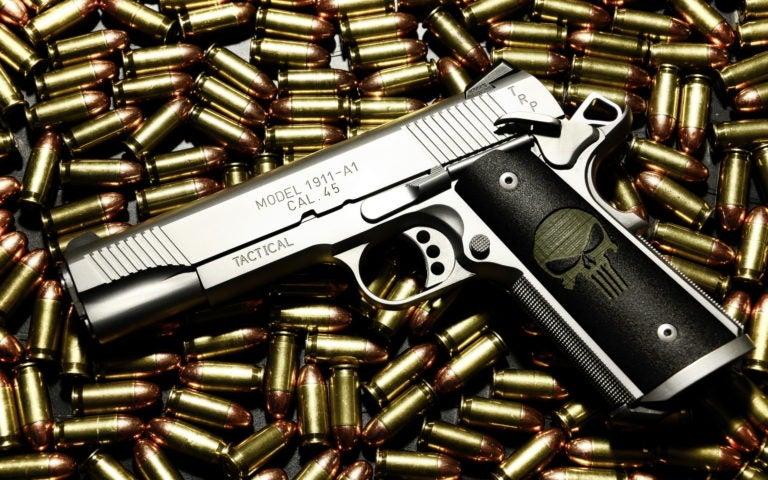 Opina Ovidio Cubías: Las armas solo sirven para matar