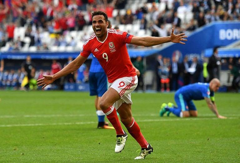 Gales se impone ante Eslovaquia en su primer partido de la Eurocopa