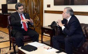 Juan Jiménez, vocero de la MACCIH y Luis Almagro. La MACCIH define fecha y casos de corrupción que atacará.