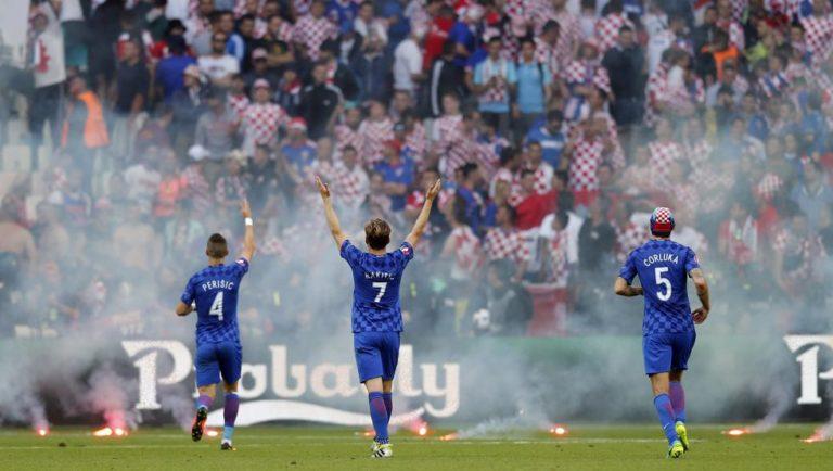 Croacia se desmorona y empata ante la República Checa
