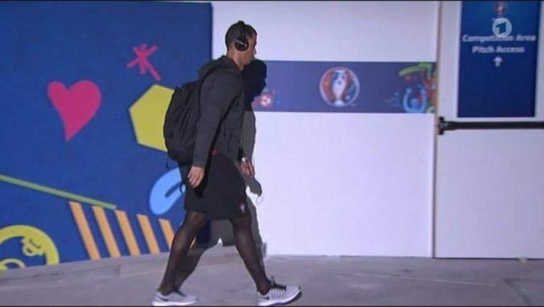 Se ríen de Cristiano Ronaldo por usar «pantys» en concentración de Portugal