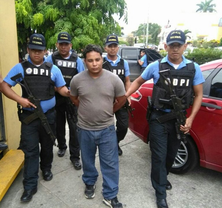 Capturan a presunto integrante de la pandilla MS en SPS
