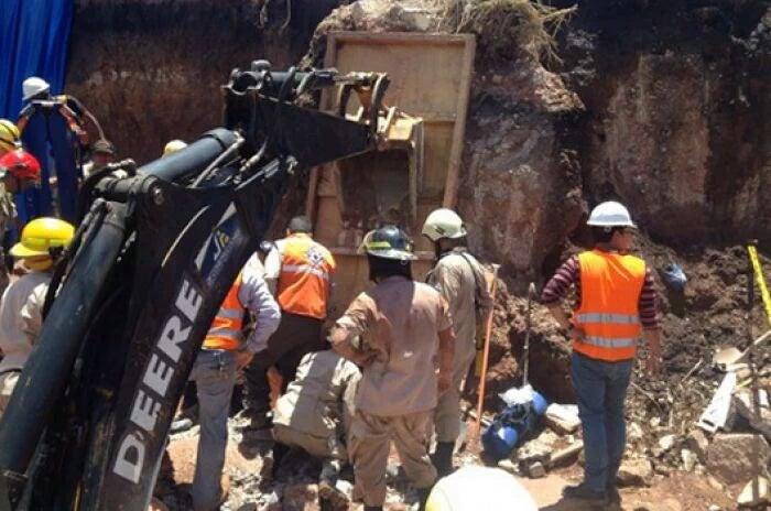 Muere obrero que quedó soterrado por derrumbe de tierra en Tegucigalpa