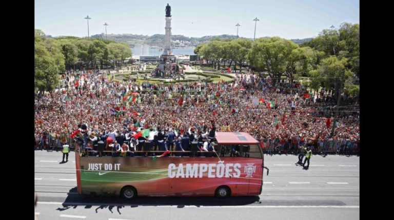 GALERÍA: Así fue la llegada de Portugal tras ganar la Eurocopa 2016
