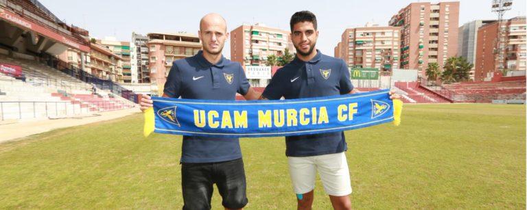 Jona Mejía es presentado como nuevo jugador de la Universidad de Murcia